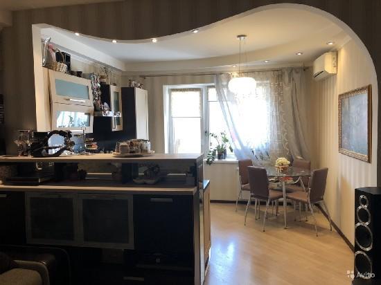 Продажа 2-комнатной квартиры, г. Тольятти, Цветной б-р  7