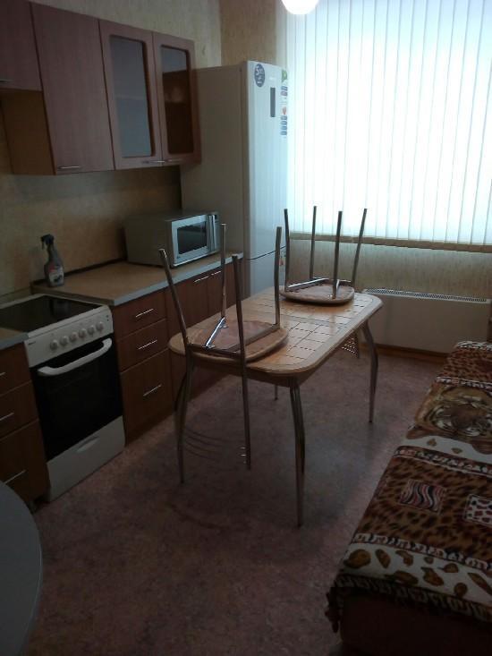 Аренда 1-комнатной квартиры, г. Тольятти, Победы 40 лет  61